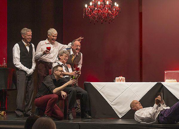 Ehemalige Lehrer der Kanti spielen das Theater «Die Panne»